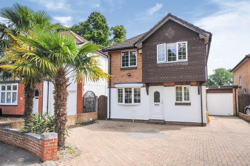 4 Bedrooms Detached House for sale in Bishops Avenue, Bromley