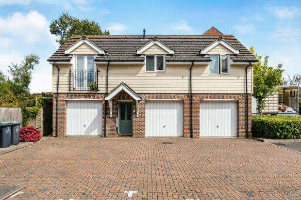 2 Bedrooms Detached House for sale in Emsworth, Hampshire, .