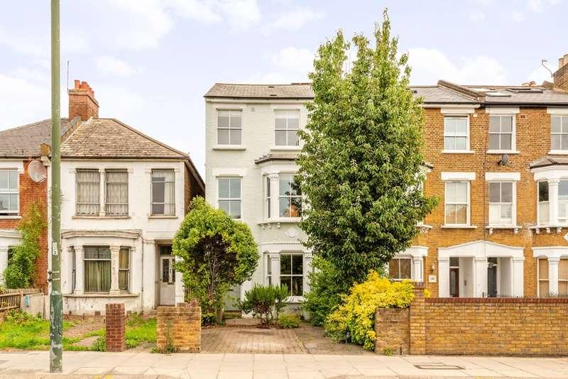 5 Bedrooms Semi Detached House for sale in Stanley Road, Teddington, TW11