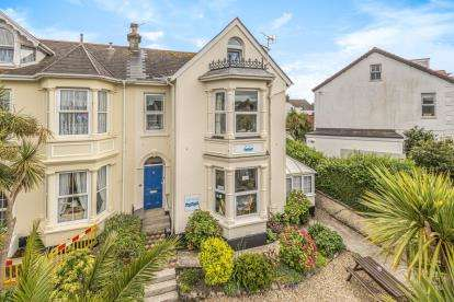 7 Bedrooms Hotel Commercial for sale in Falmouth, Cornwall