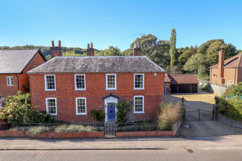 7 Bedrooms Detached House for sale in Hambledon, Hampshire