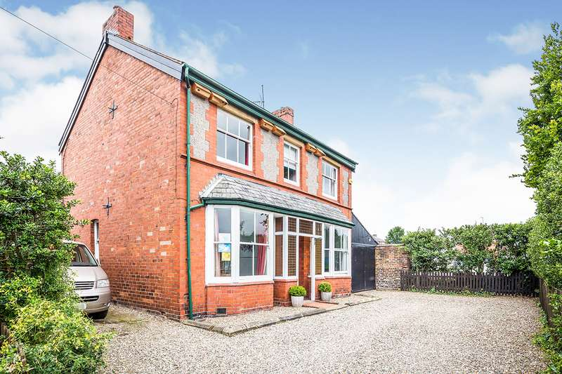 5 Bedrooms Detached House for sale in Lorne Street, Oswestry, Shropshire, SY11