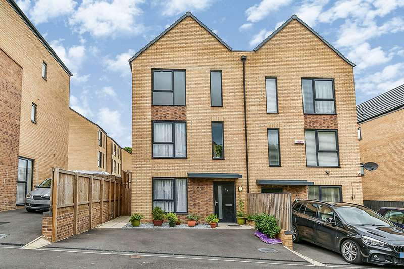 4 Bedrooms Semi Detached House for sale in Beeches Drive, Sheffield, South Yorkshire, S2
