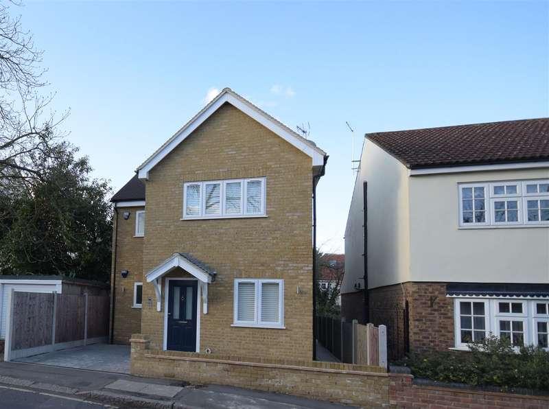 1 Bedroom Apartment Flat for sale in Chestnut House, Westbury Lane, Buckhurst Hill