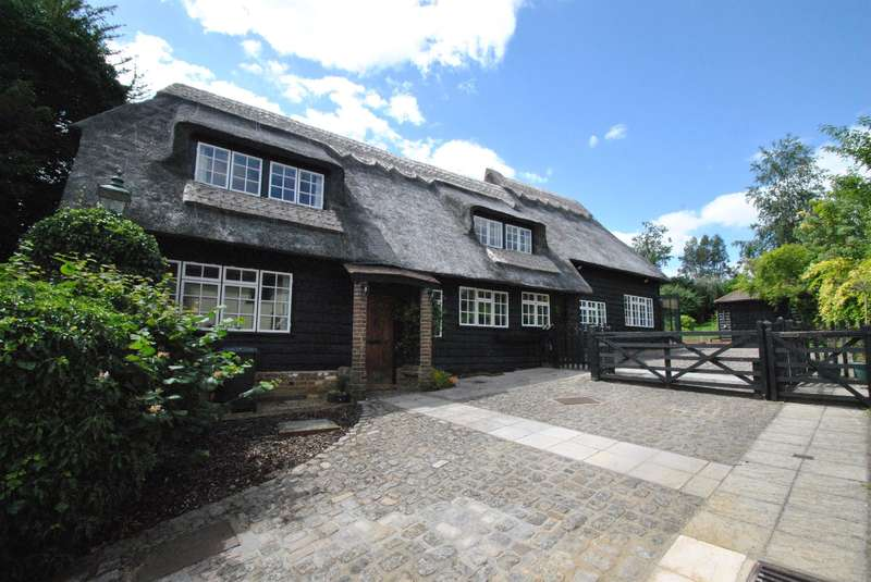 4 Bedrooms Detached House for sale in Green End, Braughing, Ware, SG11 2PG
