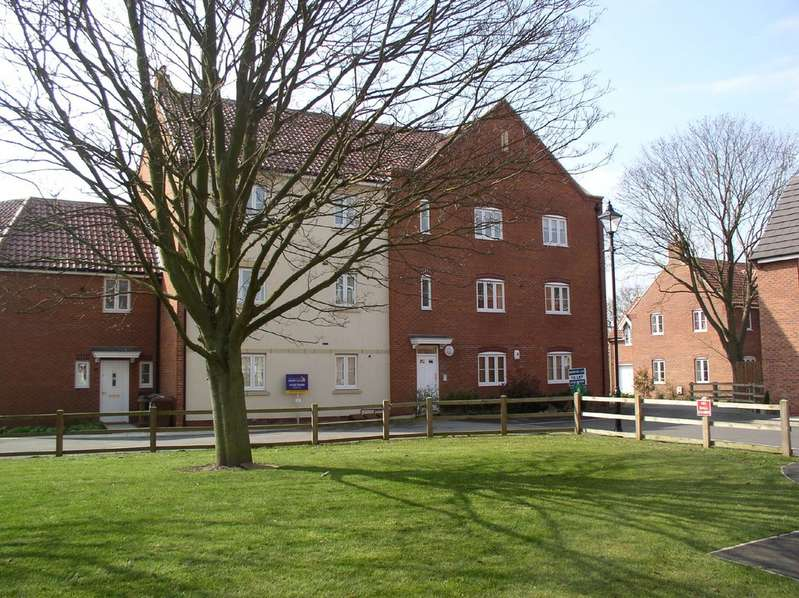 2 Bedrooms Apartment Flat for rent in Tall Pines Road, Witham St Huges LN6