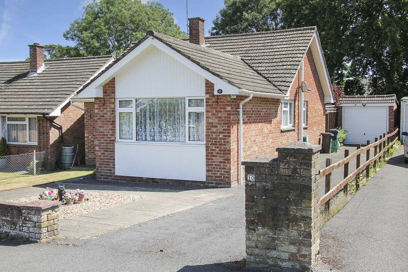 3 Bedrooms Detached Bungalow for sale in Waltham Chase, Hampshire
