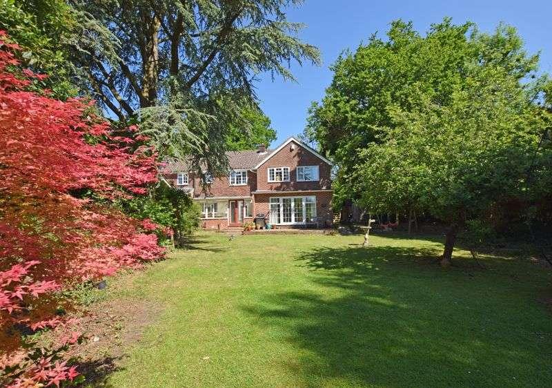 5 Bedrooms Property for sale in Wheatley, Between Kingsley & Binsted