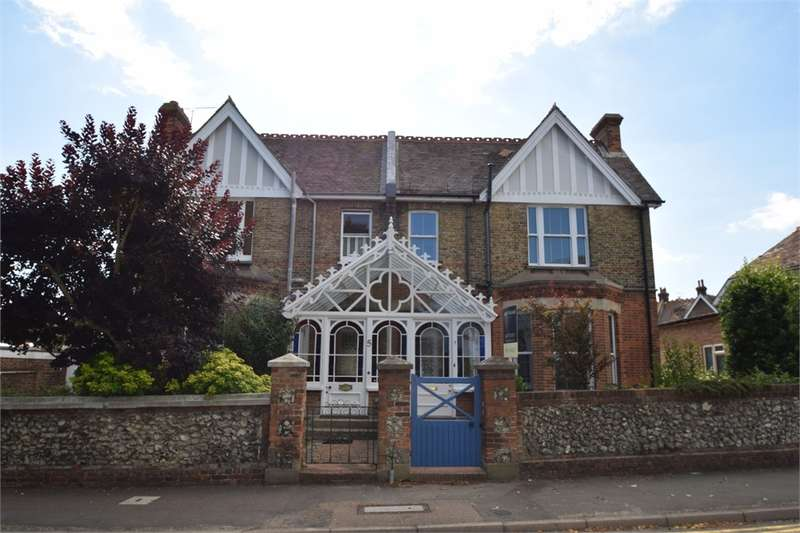 4 Bedrooms Semi Detached House for sale in Carew Road, Upperton