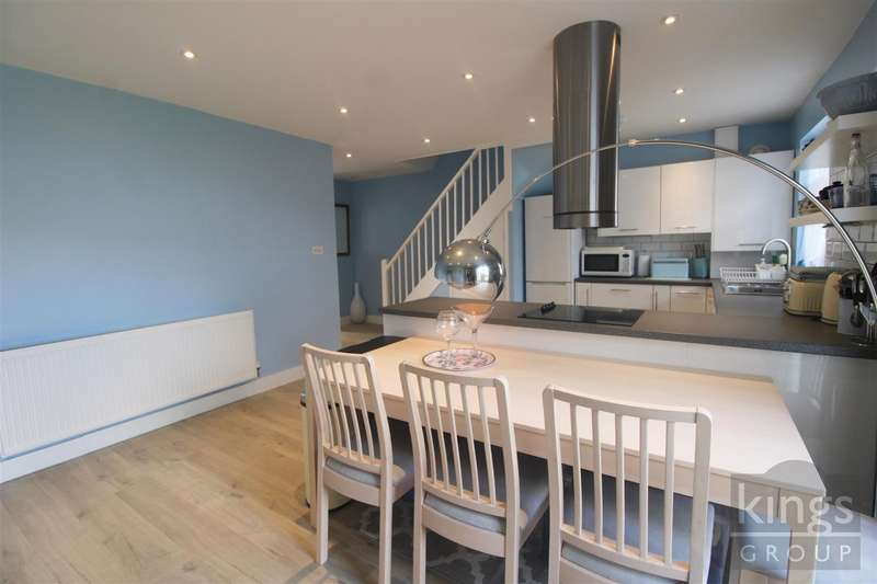 3 Bedrooms House for sale in Clyde Terrace, Hertford
