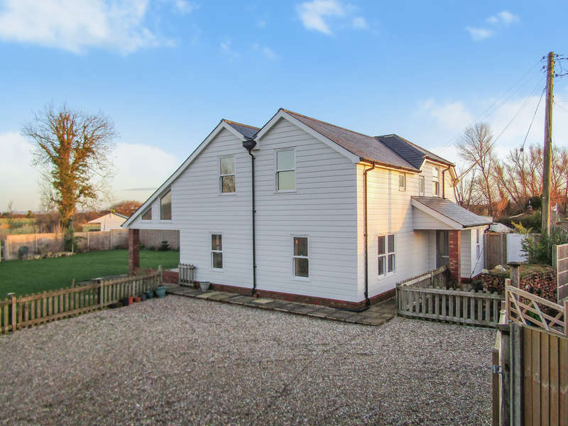 4 Bedrooms Detached House for sale in Cockreed Lane, New Romney