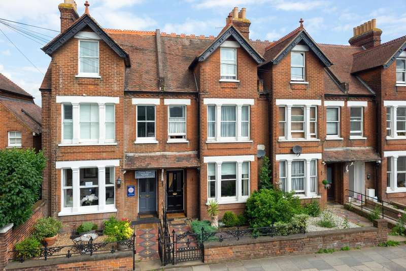 3 Bedrooms Terraced House for sale in Wincheap, Canterbury, CT1