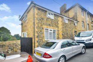 2 Bedrooms House for sale in Winchelsea Road, Dover, Kent