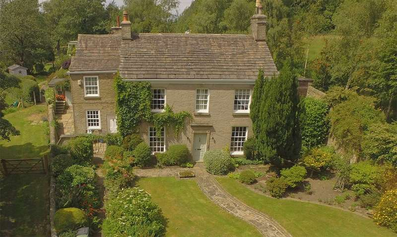 5 Bedrooms Detached House for sale in Rainow, Macclesfield