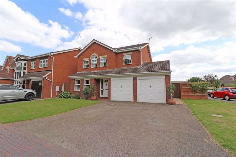 4 Bedrooms Detached House for sale in Oberon Close, Warwick, CV34