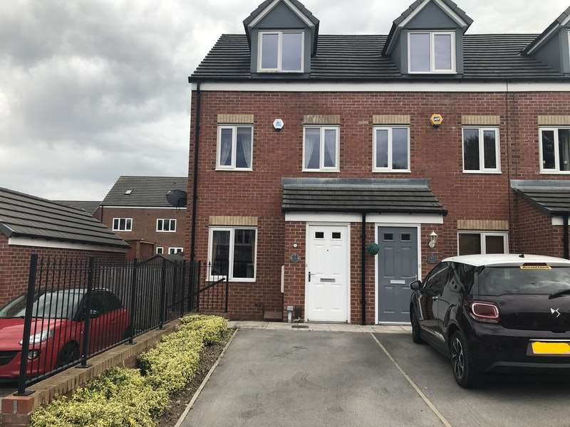 3 Bedrooms Town House for sale in Bluebell Bank, Barnsley, South Yorkshire, S70