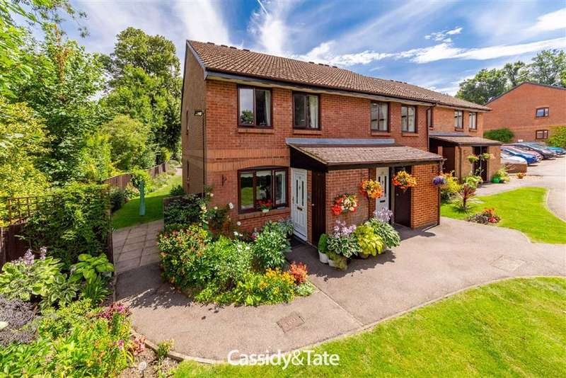 1 Bedroom Property for sale in Four Limes, Wheathampstead, Hertfordshire - AL4 8JN