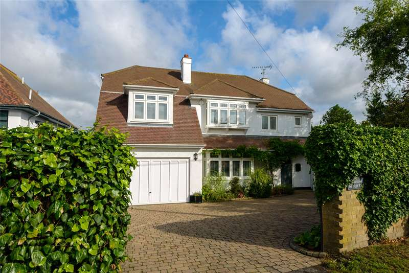 4 Bedrooms Detached House for sale in High Road, Hockley, Essex, SS5
