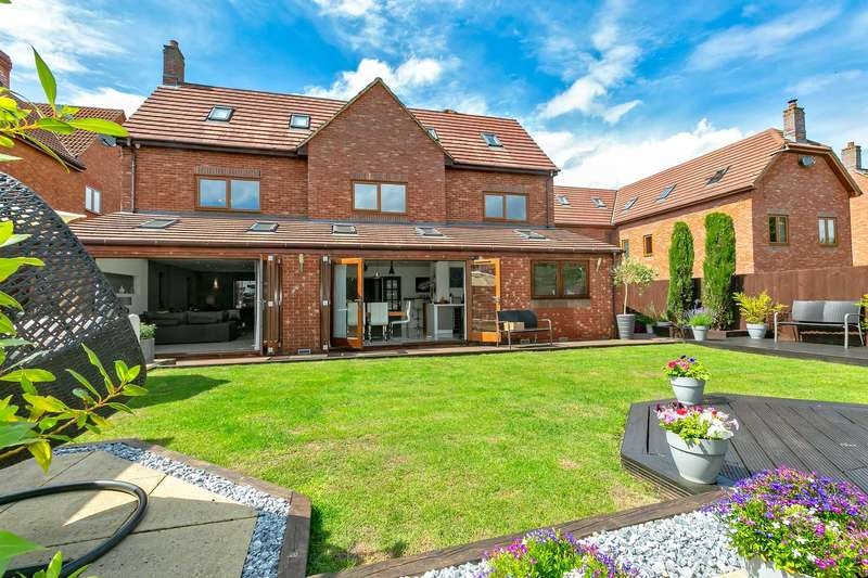 6 Bedrooms Detached House for sale in Ashford Crescent, Grange Farm