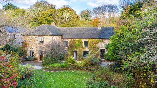 5 Bedrooms Detached House for sale in Drannack Mill Lane, Wheal Alfred Road, Gwinear, Hayle