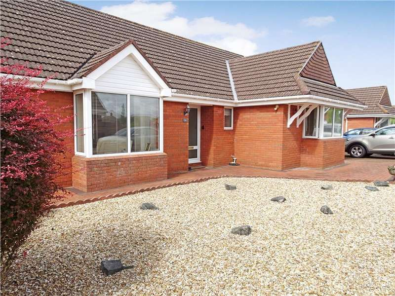3 Bedrooms Detached Bungalow for sale in GREENFIELD WAY, NOTTAGE, PORTHCAWL, CF36 3SH