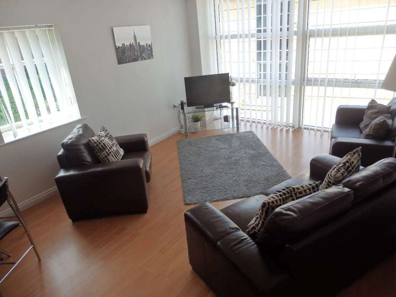 2 Bedrooms Apartment Flat for rent in Curzon Place, Bottle Bank, Gateshead