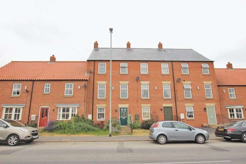 3 Bedrooms Property for sale in NEWBRIDGE HILL, LOUTH