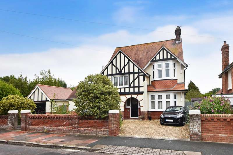 4 Bedrooms Detached House for sale in Rosebery Avenue, Eastbourne