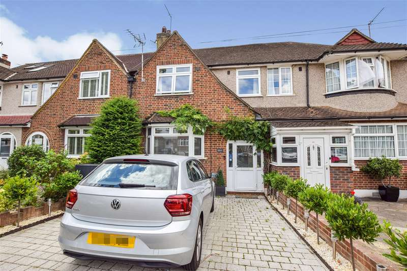 4 Bedrooms House for sale in Churston Drive, Morden