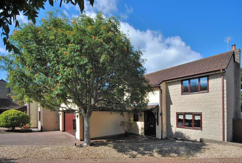 4 Bedrooms Detached House for sale in The Vinery, Winscombe
