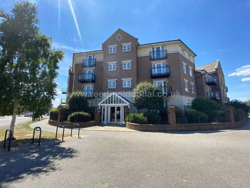 2 Bedrooms Flat for sale in The Broadway, Southend On Sea