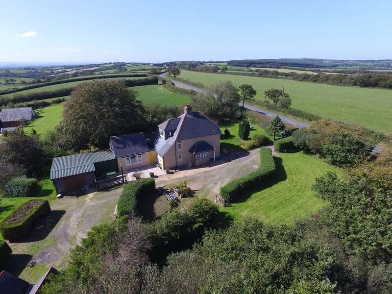 4 Bedrooms House for sale in Thorndon Cross