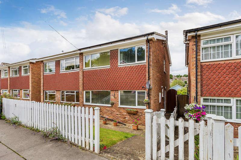 4 Bedrooms Semi Detached House for sale in Keymer Close, Biggin Hill, TN16