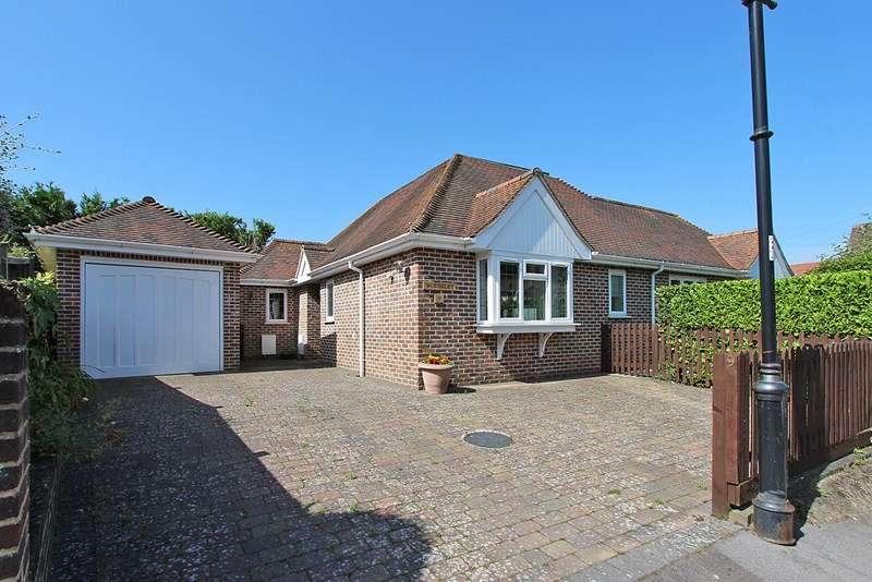 3 Bedrooms Bungalow for sale in Brookley Road, Brockenhurst, Hampshire, SO42
