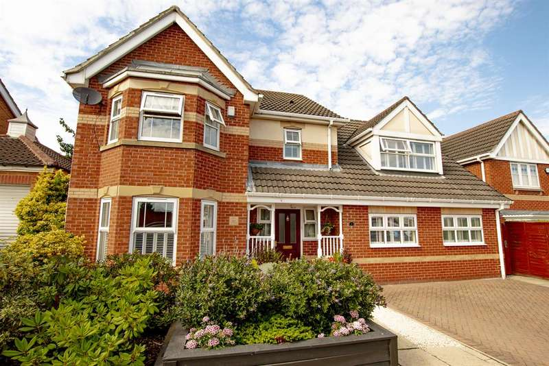 4 Bedrooms Detached House for sale in Harewood Drive, Bawtry, Doncaster, DN10 6XH
