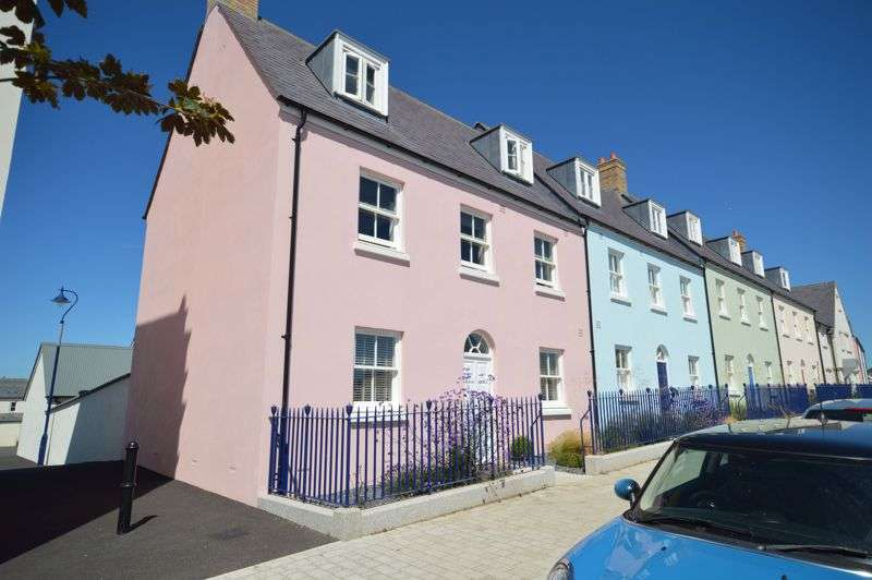 4 Bedrooms Property for sale in Stret Euther Penndragon, Newquay