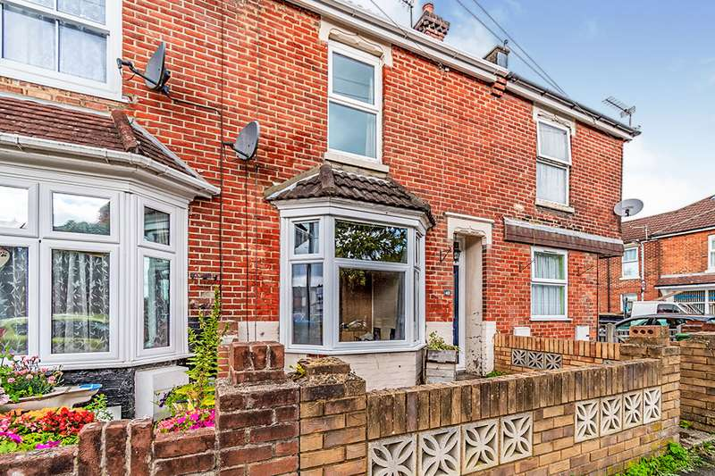 3 Bedrooms House for sale in Imperial Avenue, Southampton, Hampshire, SO15