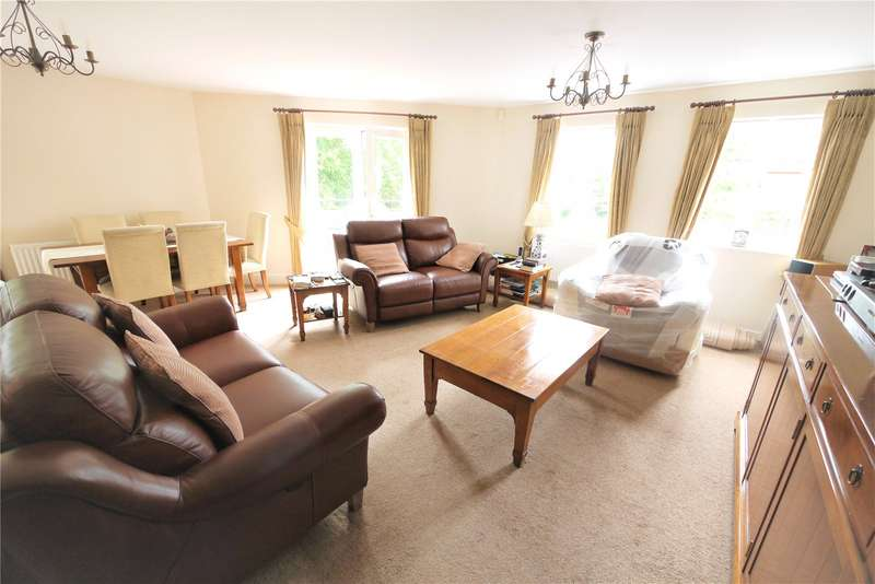 2 Bedrooms Apartment Flat for sale in The Spires, Eastfield Road, Brentwood, Essex, CM14