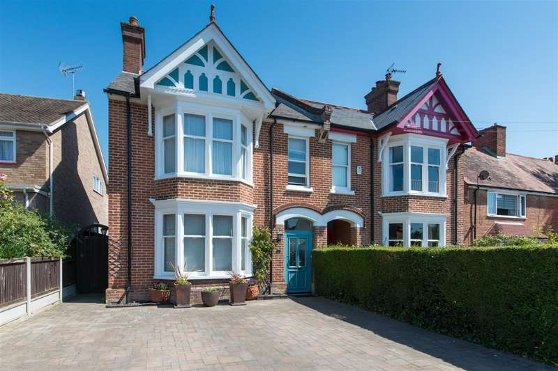 4 Bedrooms Semi Detached House for sale in Whitstable Road, Canterbury