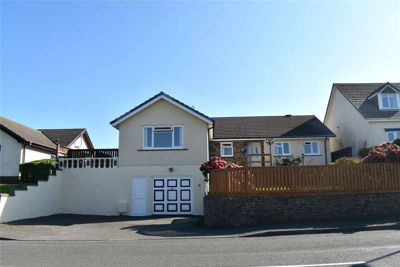 5 Bedrooms Detached Bungalow for sale in Essex Road, Pembroke Dock, Pembrokeshire