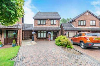 3 Bedrooms Detached House for sale in The Orchard, Bloxwich, Walsall, West Midlands