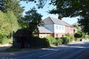 4 Bedrooms Semi Detached House for sale in Five Ashes, Mayfield, East Sussex