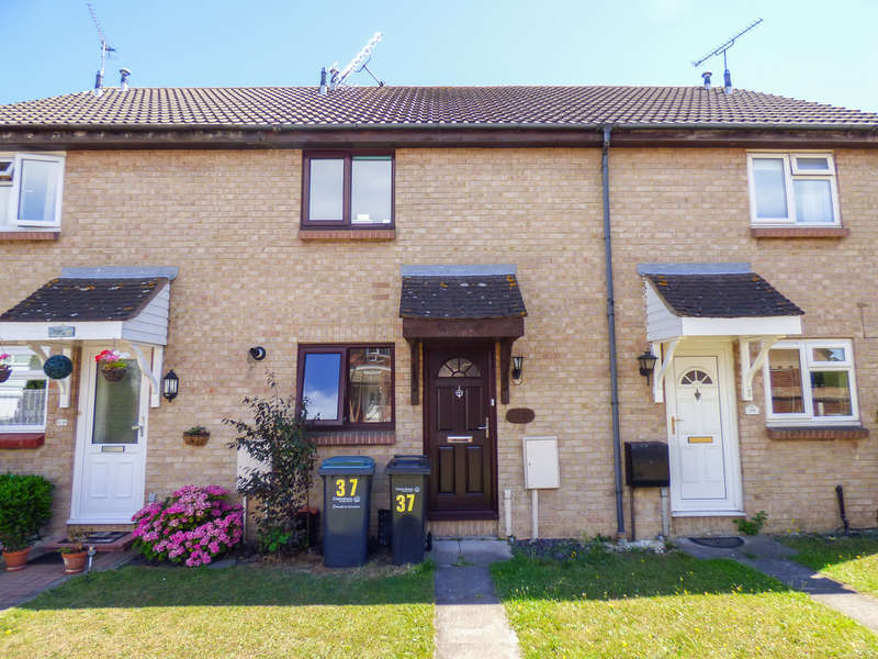 2 Bedrooms Terraced House for sale in Henley Deane, Northfleet, Gravesend