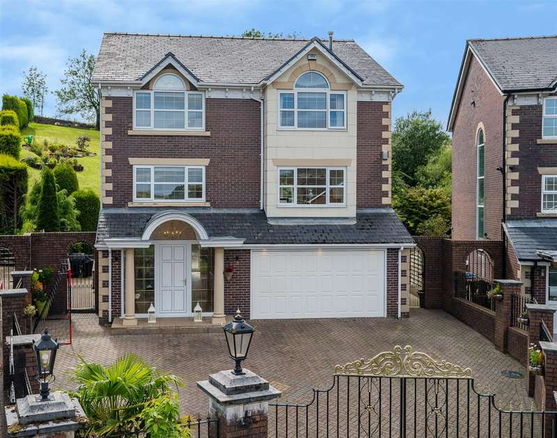 4 Bedrooms House for sale in Woodlea Chase, Darwen