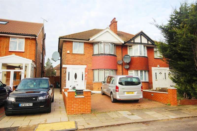 4 Bedrooms Semi Detached House for sale in Vyner Road, Acton, W3 7LZ