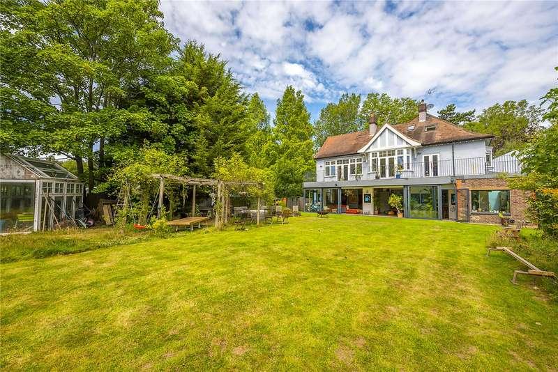 6 Bedrooms Detached House for sale in Old Malden Lane, Worcester Park, KT4