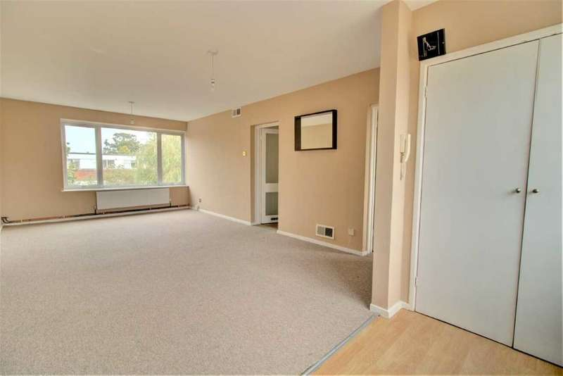 3 Bedrooms Apartment Flat for sale in Fayerfield,, Potters Bar, Potters Bar