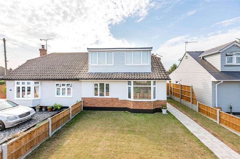 3 Bedrooms Semi Detached House for sale in Elmstead Close, Corringham, Stanford-le-Hope, Essex, SS17