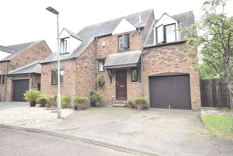 4 Bedrooms Detached House for sale in Sweetbriar Close, Bishops Cleeve, CHELTENHAM, Gloucestershire, GL52