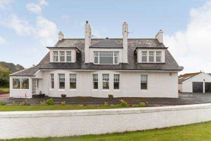 3 Bedrooms Flat for sale in Maidens Road, Turnberry